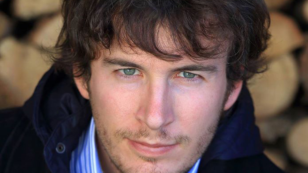 """""""La tarea de los periodistas es garantizar que los dominados acepten su dominio"""" y 9 reflexiones más de Diego Fusaro, el intelectual de moda en Europa"""